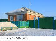 Купить «Дом в селе Падун», эксклюзивное фото № 3594945, снято 30 марта 2012 г. (c) Анатолий Матвейчук / Фотобанк Лори