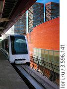 Купить «Поезд на монорельсовой дороге», фото № 3596141, снято 2 июня 2012 г. (c) Vitas / Фотобанк Лори