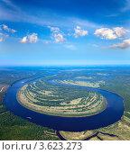 Вид сверху на равнинную реку. Стоковое фото, фотограф Владимир Мельников / Фотобанк Лори