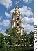 Купить «Колокольня в Новоспасском монастыре. Москва», эксклюзивное фото № 3623813, снято 18 июня 2012 г. (c) lana1501 / Фотобанк Лори