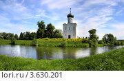 Купить «Церковь Покрова на Нерли, Боголюбово, Владимирская область», фото № 3630201, снято 19 августа 2019 г. (c) ElenArt / Фотобанк Лори