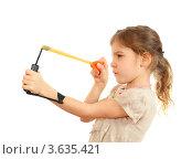 Купить «Девочка приготовилась стрелять из рогатки, белый фон», фото № 3635421, снято 1 апреля 2011 г. (c) Losevsky Pavel / Фотобанк Лори