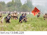 Купить «Атака русских солдат», эксклюзивное фото № 3646229, снято 30 июня 2012 г. (c) Литвяк Игорь / Фотобанк Лори