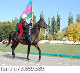 Казак сидит на коне (2008 год). Редакционное фото, фотограф Андрей Дюжечкин / Фотобанк Лори
