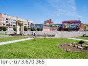 Купить «Городская площадь. Город Отрадное», эксклюзивное фото № 3670365, снято 4 июля 2012 г. (c) Александр Щепин / Фотобанк Лори
