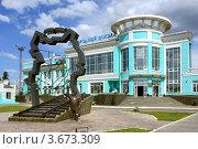 Город Омск, железнодорожный вокзал Омск-пригородный (2012 год). Редакционное фото, фотограф Виктор Топорков / Фотобанк Лори