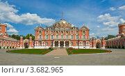 Купить «Москва, Петровский дворец», фото № 3682965, снято 22 июня 2012 г. (c) ИВА Афонская / Фотобанк Лори