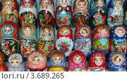 Купить «Матрешки», видеоролик № 3689265, снято 10 июля 2010 г. (c) Losevsky Pavel / Фотобанк Лори