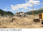 Купить «Строительство Горного курорта «Архыз». КЧР», эксклюзивное фото № 3693421, снято 21 июля 2012 г. (c) Rekacy / Фотобанк Лори