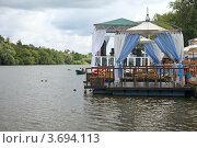 Купить «Летний пейзаж с беседкой на реке», эксклюзивное фото № 3694113, снято 21 июля 2012 г. (c) Татьяна Белова / Фотобанк Лори