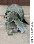 Купить «Бронзовая скульптурная композиция возле ж.д. вокзала г. Лион, Франция», фото № 3694837, снято 12 июля 2012 г. (c) Иван Марчук / Фотобанк Лори