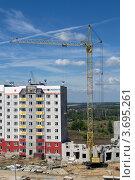 Купить «Строительство жилого дома», фото № 3695261, снято 24 июля 2010 г. (c) Екатерина Шелыганова / Фотобанк Лори
