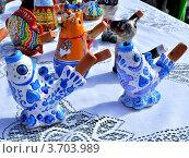 Купить «Глиняные свистульки», фото № 3703989, снято 7 июля 2012 г. (c) Наталья Лабуз / Фотобанк Лори