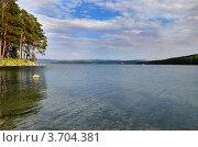 Тургояк - второе в мире по чистоте озеро. Стоковое фото, фотограф Julia Ovchinnikova / Фотобанк Лори