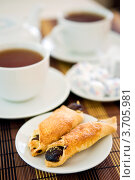 Чашка чая с печеньем. Стоковое фото, фотограф Анна Лисовская / Фотобанк Лори