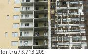 Купить «Рабочие работают на строительной площадке, таймлапс», видеоролик № 3713209, снято 23 сентября 2010 г. (c) Losevsky Pavel / Фотобанк Лори