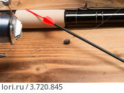 Купить «Удочка, поплавок и катушка», фото № 3720845, снято 18 июля 2012 г. (c) Сергей Галушко / Фотобанк Лори