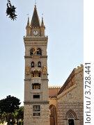Башня с часами у собора Дуомо в городе Мессина. Стоковое фото, фотограф Екатерина Слугина / Фотобанк Лори