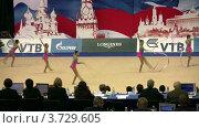 Купить «Гимнастки с лентами на XXX Чемпионате мира по художественной гимнастике», видеоролик № 3729605, снято 7 апреля 2011 г. (c) Losevsky Pavel / Фотобанк Лори
