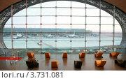 Купить «Зал ожидания в аэропорту в Париже», видеоролик № 3731081, снято 11 февраля 2011 г. (c) Losevsky Pavel / Фотобанк Лори