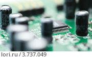Купить «Плата с радио компонентами», видеоролик № 3737049, снято 18 мая 2011 г. (c) Losevsky Pavel / Фотобанк Лори