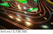 Купить «Детская игра трек с маленьких автомобилями», видеоролик № 3738165, снято 3 августа 2011 г. (c) Losevsky Pavel / Фотобанк Лори