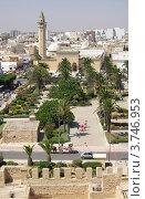 Вид на главную мечеть имени Habib Bourguiba и центр города Монастир, Тунис (2012 год). Стоковое фото, фотограф Natalya Sidorova / Фотобанк Лори