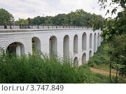 Купить «Каменный мост в Калуге», эксклюзивное фото № 3747849, снято 14 августа 2011 г. (c) stargal / Фотобанк Лори
