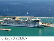 Морской лайнер (2011 год). Редакционное фото, фотограф Леонид Чернышов / Фотобанк Лори