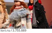 Купить «Дети в зимней одежде от Mayoral Collection», видеоролик № 3755889, снято 9 сентября 2011 г. (c) Losevsky Pavel / Фотобанк Лори