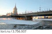 Купить «Зимняя Москва-река», видеоролик № 3756937, снято 16 сентября 2011 г. (c) Losevsky Pavel / Фотобанк Лори