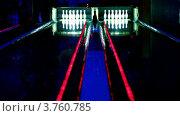 Купить «Боулинг клуб», видеоролик № 3760785, снято 26 декабря 2011 г. (c) Losevsky Pavel / Фотобанк Лори