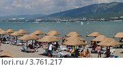 Купить «Современные пляжи Геленджика», фото № 3761217, снято 29 января 2020 г. (c) Игорь Архипов / Фотобанк Лори