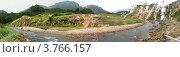 Панорама Долина Гейзеров и река Гейзерная. Стоковое фото, фотограф Динар / Фотобанк Лори