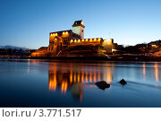 Купить «Вид на Нарвский замок», эксклюзивное фото № 3771517, снято 4 апреля 2012 г. (c) Литвяк Игорь / Фотобанк Лори