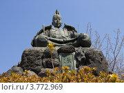 Купить «Памятник Минамото Ёритомо в горах г. Камакура, Япония», фото № 3772969, снято 9 апреля 2012 г. (c) Иван Марчук / Фотобанк Лори