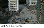 Купить «Строительная площадка комплекса многоквартирных домов летом, таймлапс», видеоролик № 3774597, снято 24 января 2012 г. (c) Losevsky Pavel / Фотобанк Лори