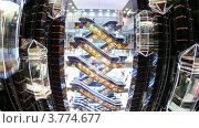 Купить «Лифты и эскалаторы двигаются вместе с посетителями в торговом центре (таймлапс)», видеоролик № 3774677, снято 25 января 2012 г. (c) Losevsky Pavel / Фотобанк Лори
