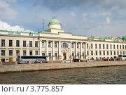 Купить «Здание Училища правоведения. Санкт-Петербург», эксклюзивное фото № 3775857, снято 27 июня 2012 г. (c) Александр Щепин / Фотобанк Лори