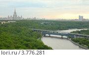 Купить «Вид на МГУ», видеоролик № 3776281, снято 26 февраля 2012 г. (c) Losevsky Pavel / Фотобанк Лори