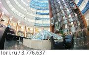 Купить «Лифты опускаются и поднимаются в бизнес центре, таймлапс», видеоролик № 3776637, снято 2 февраля 2012 г. (c) Losevsky Pavel / Фотобанк Лори