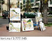 Купить «Выставка - продажа картин на бульваре Круазетт», фото № 3777145, снято 13 июня 2010 г. (c) ElenArt / Фотобанк Лори