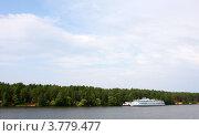 Купить «Волга», фото № 3779477, снято 17 августа 2011 г. (c) Алексей Шипов / Фотобанк Лори