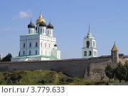 Купить «Псков. Кремль. Троицкий собор», фото № 3779633, снято 26 июля 2012 г. (c) Юлия Козинец / Фотобанк Лори