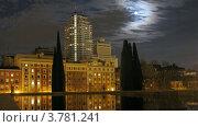 Купить «Высотное здание в Мадриде ночью, таймлапс», видеоролик № 3781241, снято 20 апреля 2012 г. (c) Losevsky Pavel / Фотобанк Лори