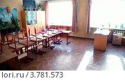 Купить «Панорама класса с партами», видеоролик № 3781573, снято 26 марта 2012 г. (c) Losevsky Pavel / Фотобанк Лори