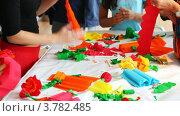 Купить «Изготовление бумажных цветков», видеоролик № 3782485, снято 24 мая 2012 г. (c) Losevsky Pavel / Фотобанк Лори