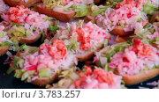 Купить «Бутерброды с морепродуктами крупным планом», видеоролик № 3783257, снято 18 мая 2012 г. (c) Losevsky Pavel / Фотобанк Лори