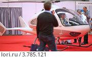 """Купить «Вертолет """"Беркут"""" на выставке», видеоролик № 3785121, снято 30 июля 2012 г. (c) Losevsky Pavel / Фотобанк Лори"""