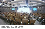Купить «Сотрудники агентства РИА Новости получают премию (таймлапс)», видеоролик № 3785249, снято 26 апреля 2012 г. (c) Losevsky Pavel / Фотобанк Лори